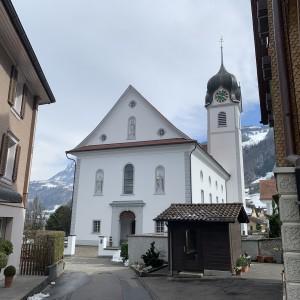 Beckenried St. Heinrich und Andreas Aussenansicht (1)